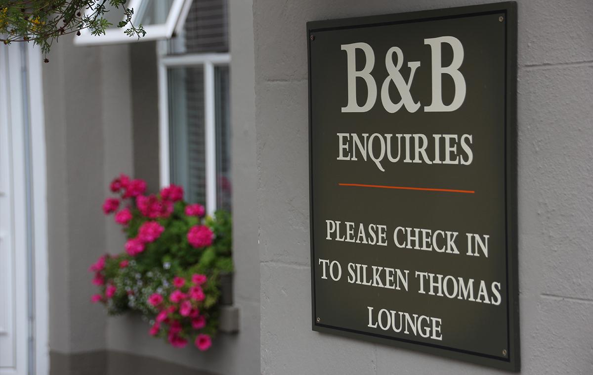 Silken Thomas Rooms Glimpse